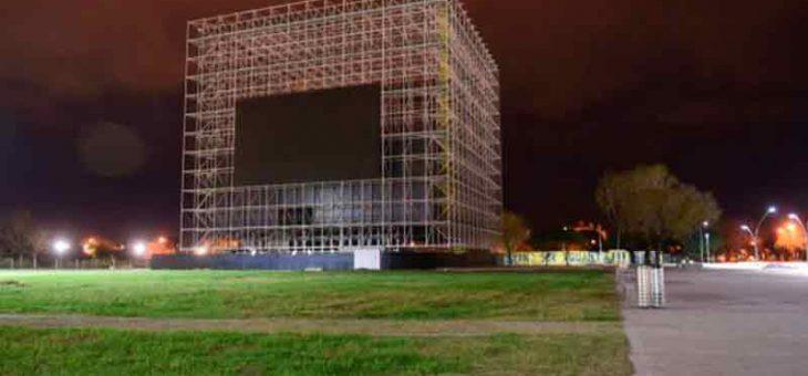 Preguntan sobre la pantalla gigante del Museo del Deporte
