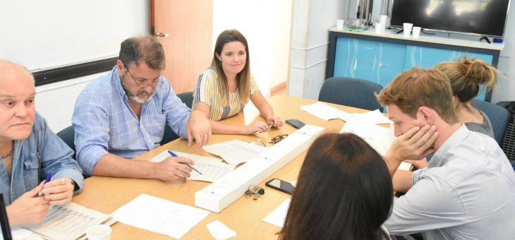 Despachos en la comisión de Obras Públicas